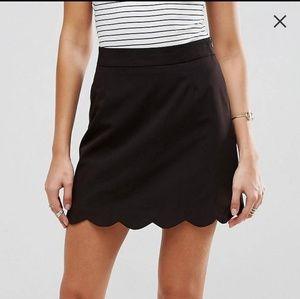 Black scallop skirt